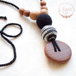 Best Babywearing Necklace in Black & Zebra, Oak Wood