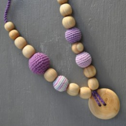 Necklace babywearing and breastfeeding Kangaroocare with Pearls Lilac Limited Series Naturiou