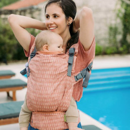 Boba X Oceana baby carrier physiological