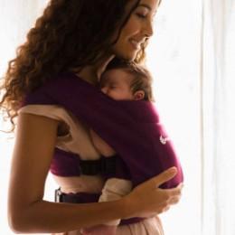 Ergobaby Embrace Bordeaux - Porte-bébé Nouveau-né