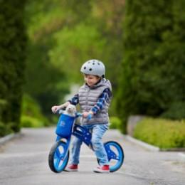 Kinderkraft Runner - push-along wooden helmet