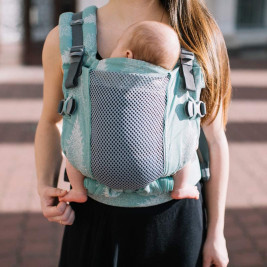 Love and Carry ONE + Cool Sequoia - Door-baby physiological