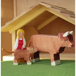 Vache Highland Cattle debout Holztiger